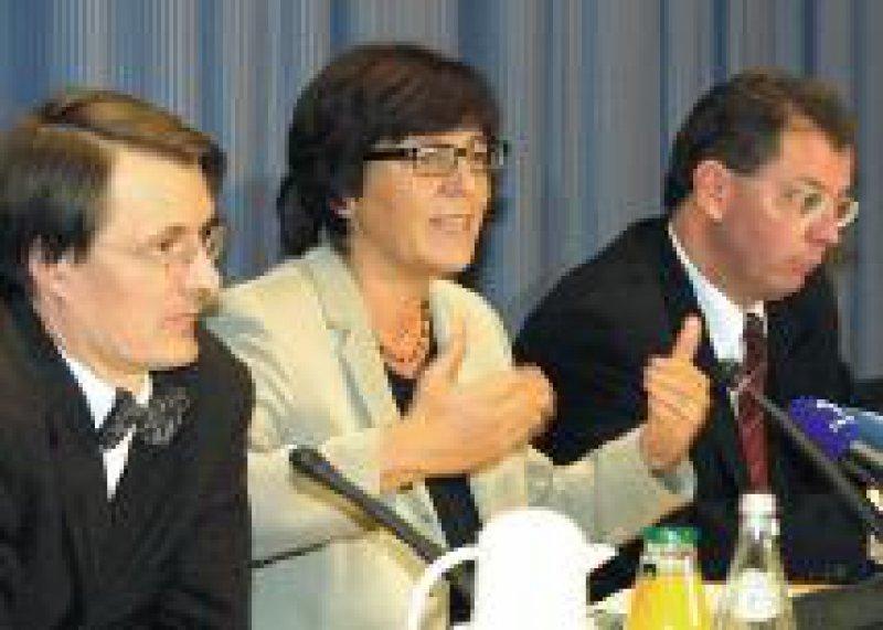 Bundesgesundheitsministerin Ulla Schmidt sieht in DMP eine wirksame finanzielle Entlastung der Kassen. Foto: Georg J. Lopata