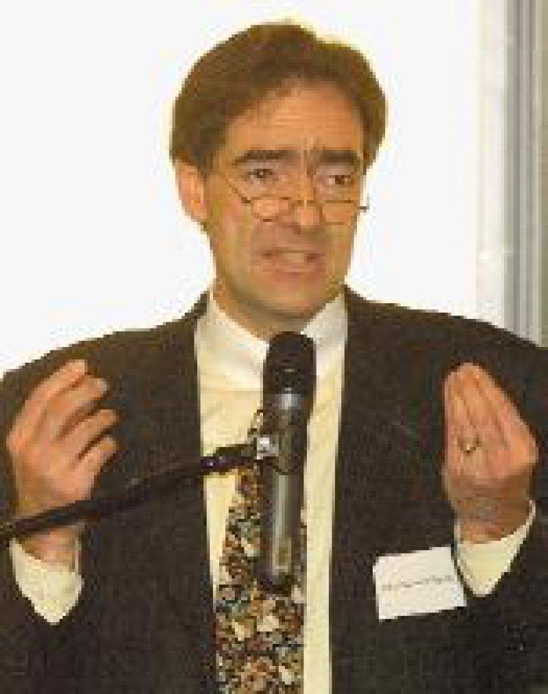 "Dr. med. Franz Bernhard M. Ensink fordert: ""Komplementieren statt Konkurrieren."" Foto: Georg J. Lopata"
