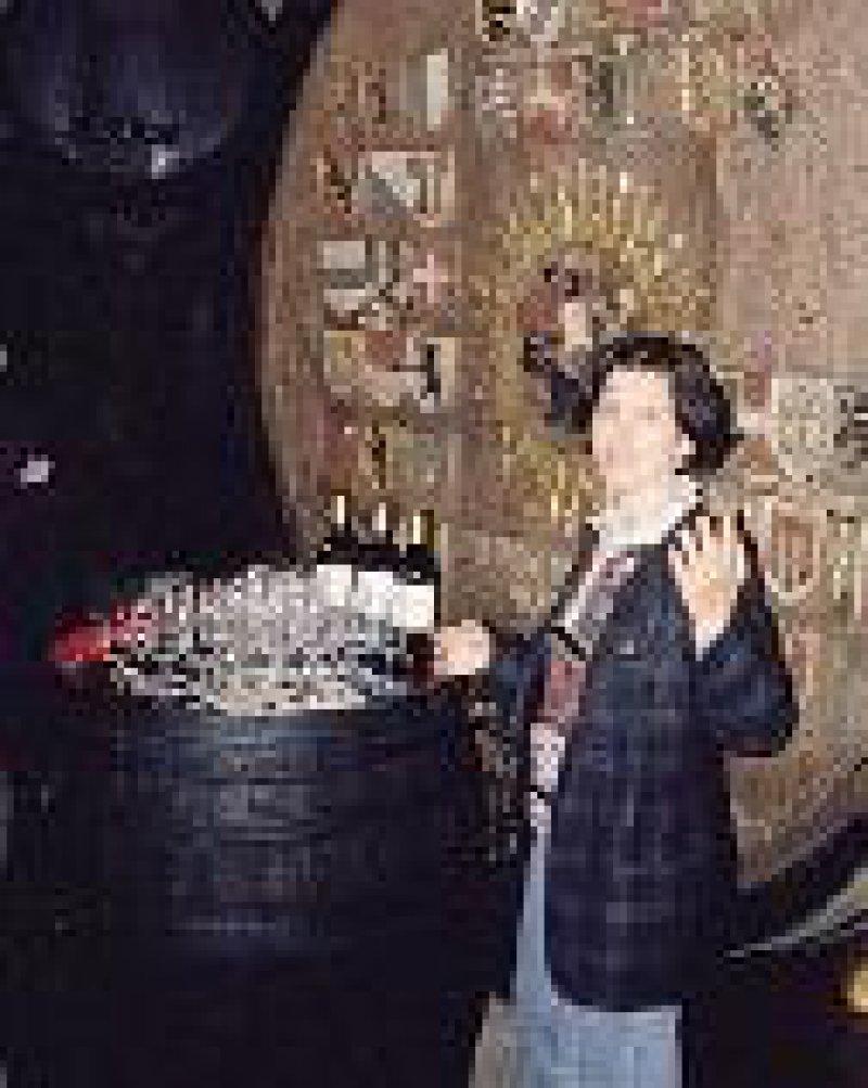 Tramin: zünftige Weinprobe