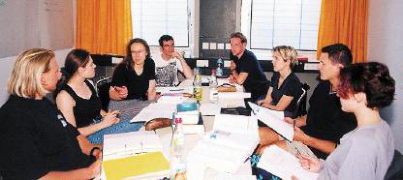 Kleingruppenunterricht in den tutorials der Münchener Reformkurse. Fotos: Munich-Havard-Alliance