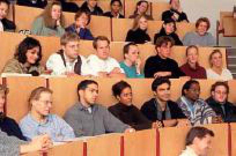 Deutschland braucht mehr gut ausgebildete Hochschulabsolventen. Foto: Peter Wirtz