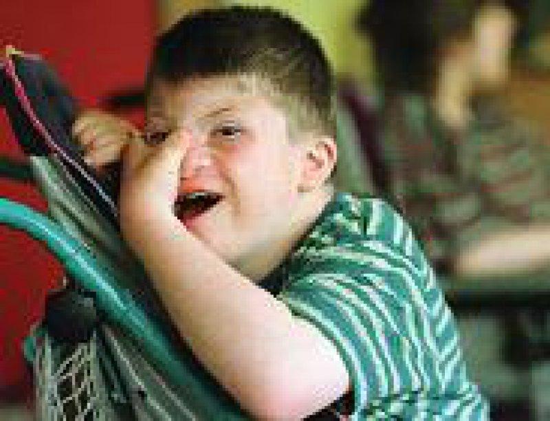 Eltern behinderter Kinder erhalten Steuervergünstigungen. Foto: epd
