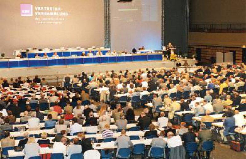 Einstimmig votierte die Vertreterversammlung für die Resolution zur Gesundheitspolitik: In zehn Punkten formulierten die Kassenärzte ihre Erwartungen vor der Bundestagswahl.