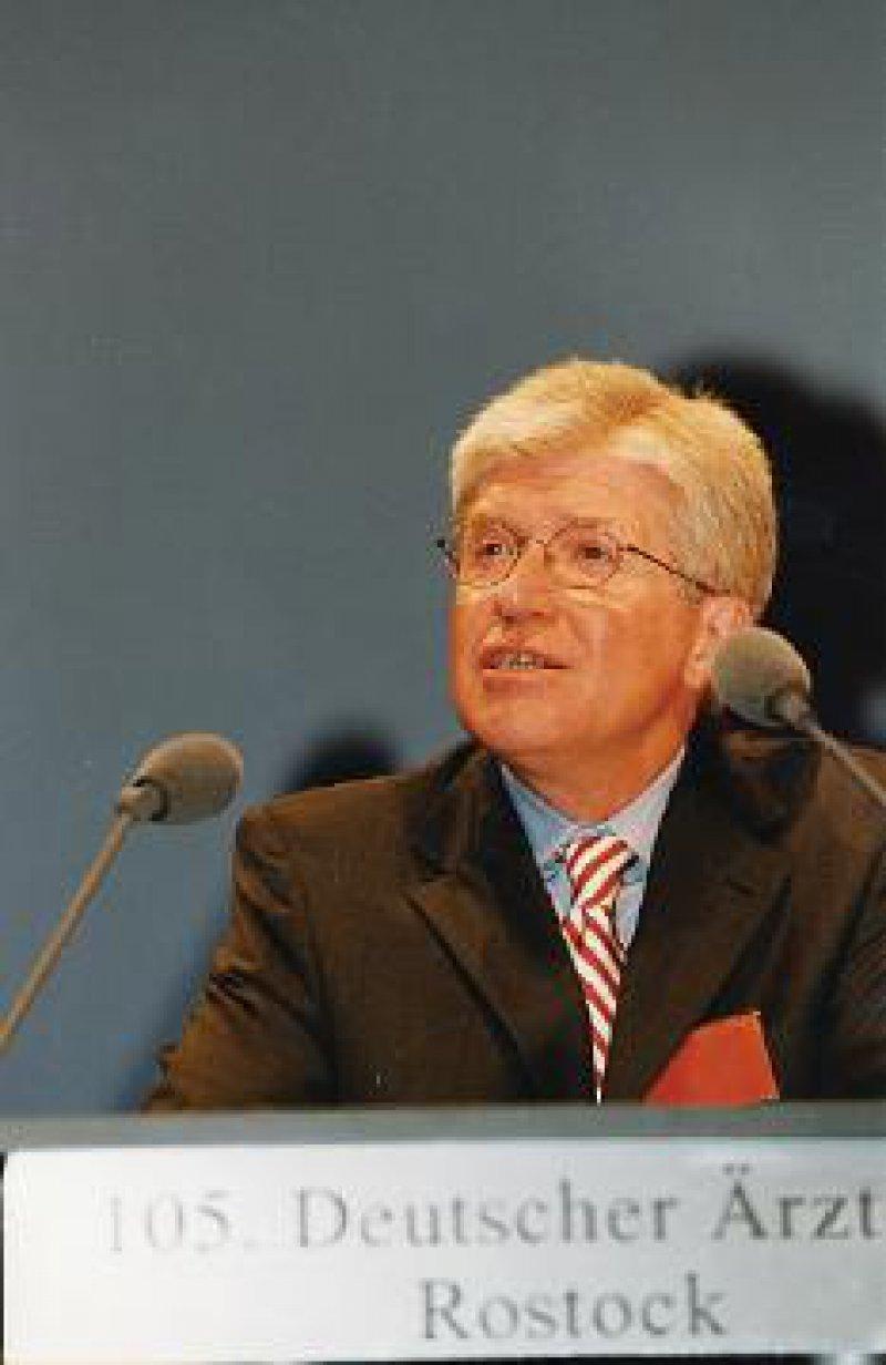 """Dr. Ingo Flenker: """"Der Patientenschutz muss als hohes Gut erhalten bleiben."""""""