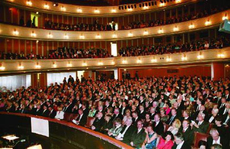 Festakt der Deutschen Apotheker- und Ärztebank in der Deutschen Oper am Rhein in Düsseldorf. Fotos: Heike Herbertz