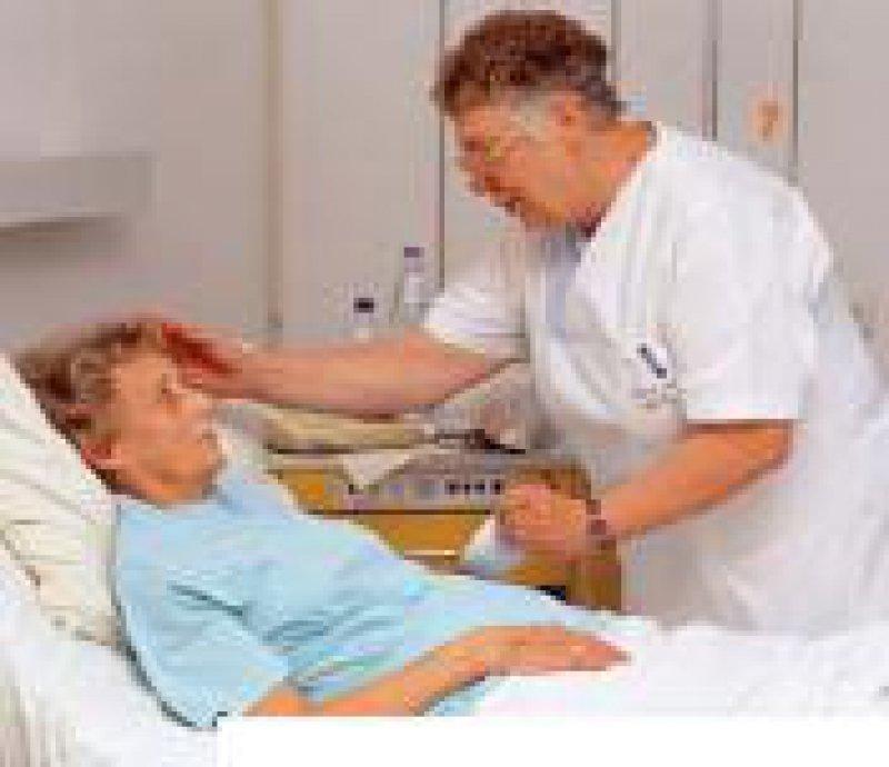 Mehr Kompetenzen für die Pflege? Foto: Peter Wirtz