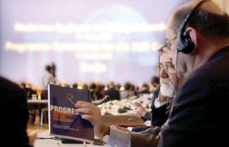 Handlungsanleitung für den Umgang mit den Medien. Die Chirurgische Universitätsklinik Heidelberg leistet Pionierarbeit. Foto: ddp