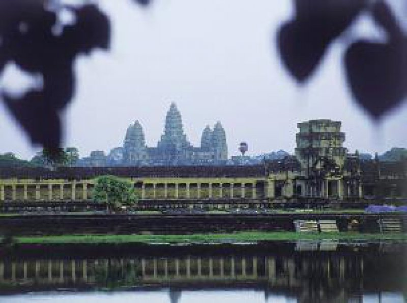 Kambodscha: Angkor Wat, Fernost: der Wasserbüffel, das Arbeitstier Fotos: Studiosus Gruppenreisen