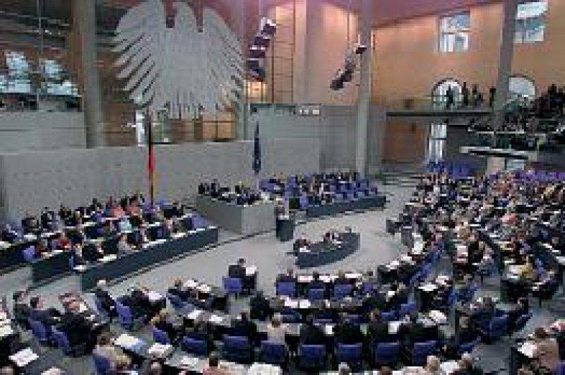 Schlussgalopp im Deutschen Bundestag: nur noch wenige gesundheitspolitische Gesetze bis zur Wahl. Foto: ddp