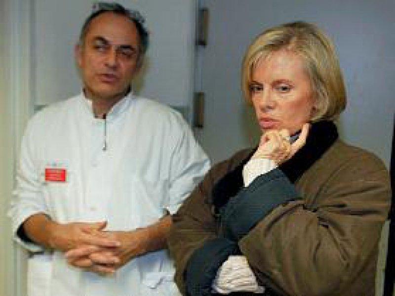 Reden aneinander vorbei: Sozialministerin Elisabeth Guigou hat bislang kein offenes Ohr für die Belange der Ärzte. Foto: afp