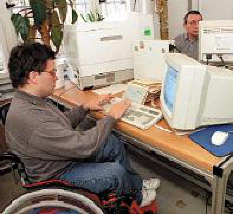 Der Anteil schwerbehinderter Mitarbeiter soll sechs Prozent betragen. Foto: dpa