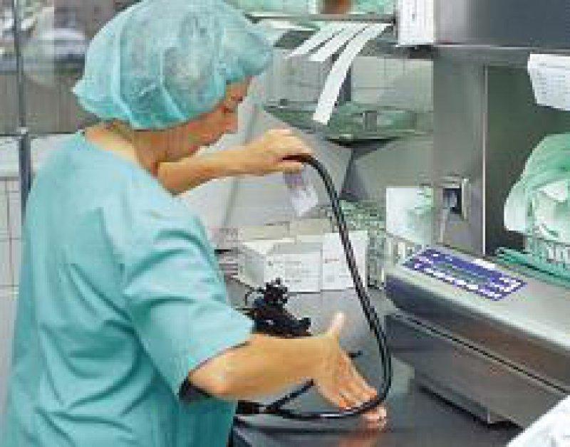Bei der Reinigung von Endoskopen muss auf besondere Hygiene geachtet werden. Foro: Peter Wirtz