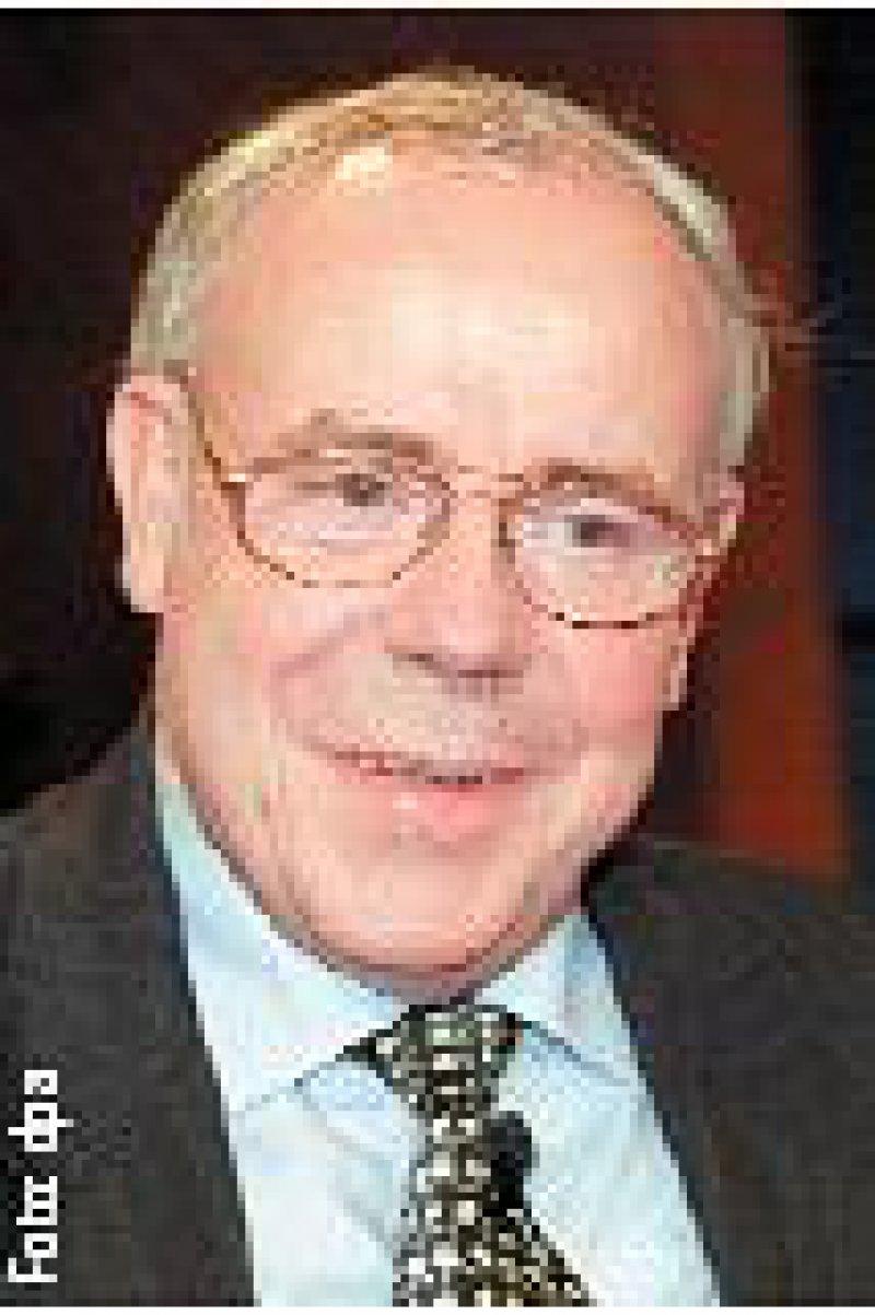 Prof. Ernst-Ludwig Winnacker, Präsident der Deutschen Forschungsgemeinschaft. Foto: dpa