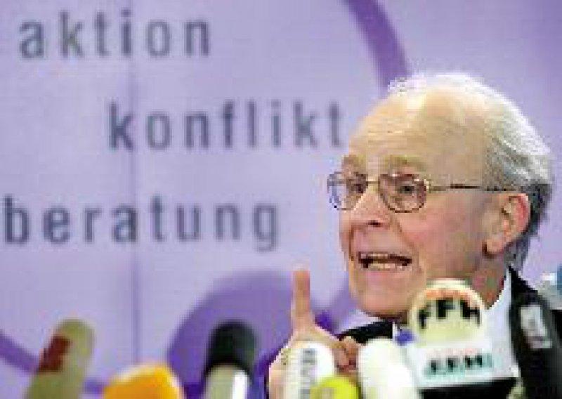Kämpfte für den Verbleib in der Schwangeren-konfliktberatung: Franz Kamphaus. Foto: dpa