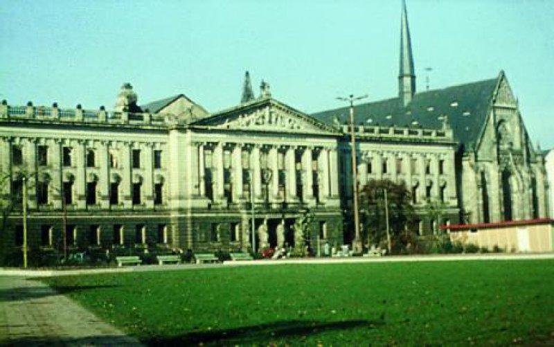 Augusteum und Universitätskirche um 1964 Foto: Kny, Paulinerverein e.V.