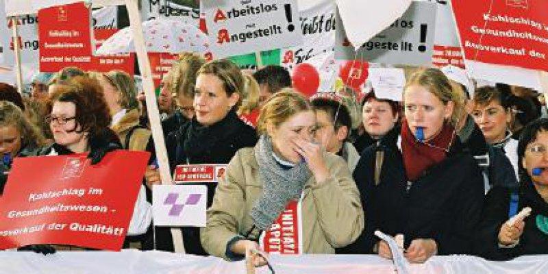 Es waren keine geübten Demonstranten, die sich in Berlin versammelten. Aus Protest gegen die Kostendämpfungspolitik der Bundesregierung gingen sie auf die Straße – manche zum ersten Mal.