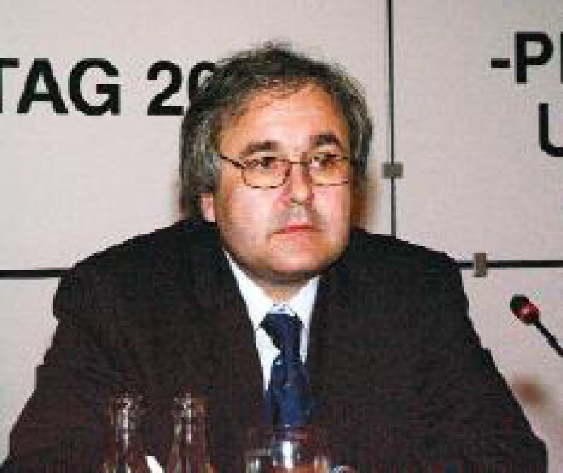 """Prof. Dr. rer. pol. Jürgen Wasem: """"Der Preiswettbewerb auf der Basis von DRGs wird Einzug in die Krankenhausfinanzierung halten."""" Foto: Johannes Aevermann"""