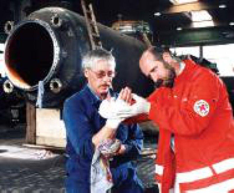 985 000 Arbeitsunfälle verzeichneten die Berufsgenossenschaften 2002. Foto: dpa