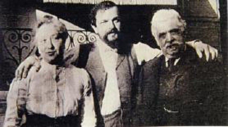 Debussy mit seinen Eltern 1906