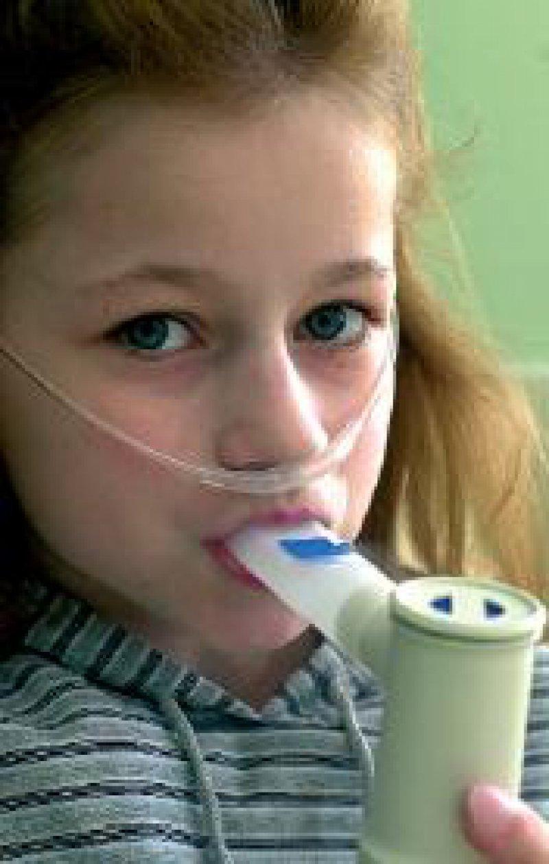 """Mukoviszidosepatienten: im Arbeitskreis """"Seltene Erkrankungen"""" der BAGH zusammengeschlossen Foto: dpa"""