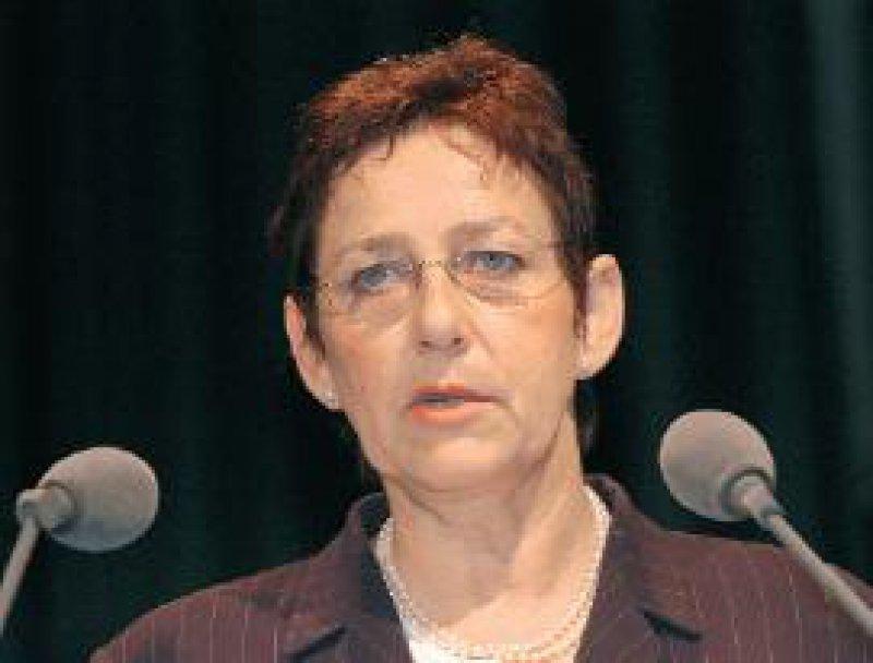 """Ursula Auerswald: """"Die Ärzteschaft lehnt Altersgrenzen für Behandlungen ab."""""""