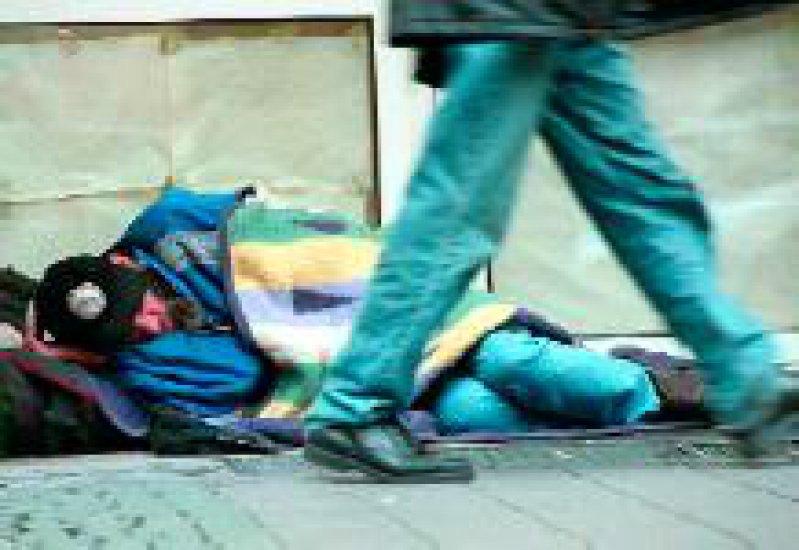 Die Nationale Armutskonferenz fordert unter anderem eine bessere Versorgung Wohnungsloser. Foto: dpa