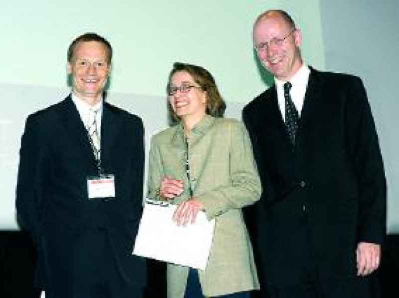 Dr. Stefan Langer, Dr. Maria Witte, Andreas Joehle, Coloplast GmbH (von links nach rechts) Foto: coloplast, Hamburg
