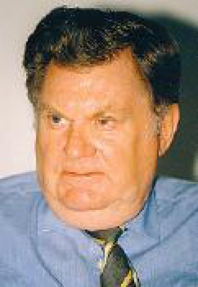 """Karl Jung: """"Die Bundesausschüsse der Ärzte und Krankenkassen als gemeinsame Einrichtungen der Selbstverwaltung und als Steuerungsgremien auf der untergesetzlichen Ebene sind verfassungsgemäß und entscheiden über Methoden und Verfahren ausschließlich nach der Qualität und ihrer Wirtschaftlichkeit."""" Foto: Archiv"""