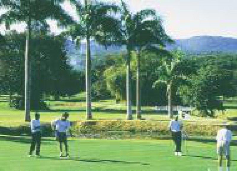 """Der Golf Course von """"Half Moon"""" bei Montego Bay auf Jamaika"""