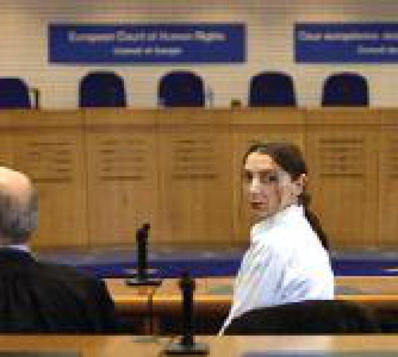 Die Französin Pascale Odievre unterlag vor Gericht. Foto: dpa