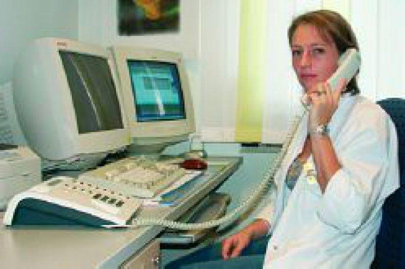 Die Talkmaster-Zentrale entlastet die Arzthelferin. Foto: PPRS