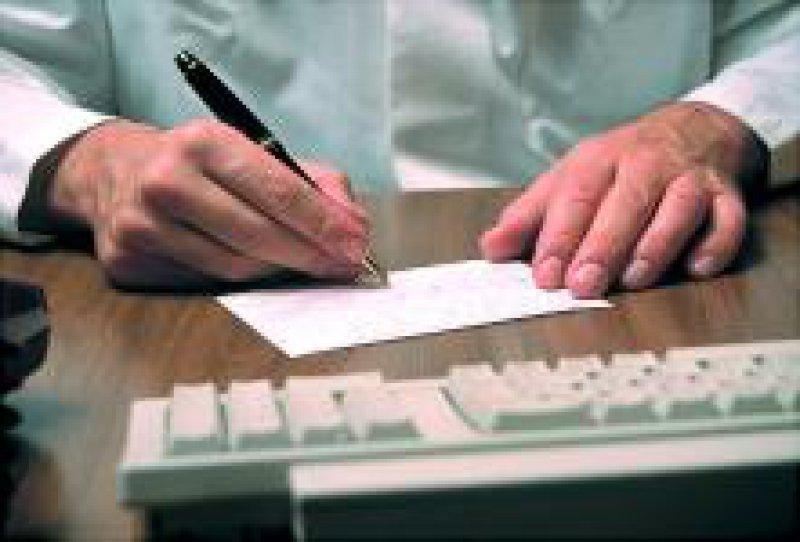 Die Ärzte müssten endlich ihren Beitrag für eine wirtschaftliche Verordnungsweise leisten, forderte der BKK-Bundesverband. Foto: Caro