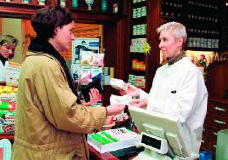 Ab dem 1. Januar 2004 müssen Patienten nicht verschreibungspflichtige Medikamente selbst bezahlen. Foto: phalanx