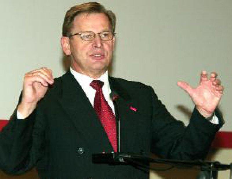 """KBV-Vorsitzender Dr. med. Manfred Richter-Reichhelm: """"Ich halte die KVen nach wie vor für unverzichtbar und werde mich vehement dafür einsetzen, dass sie ihren Einfluss nicht verlieren."""""""
