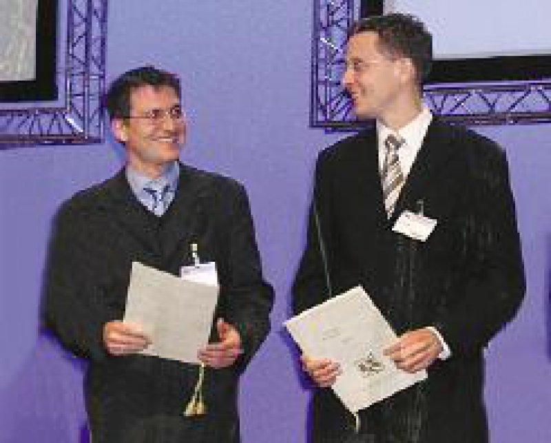Dr. Lars Maier (l.) und Dr. Joachim Ehrlich sind die diesjährigen Preisträger des Bruno-Kisch-Preises. Foto: FvW