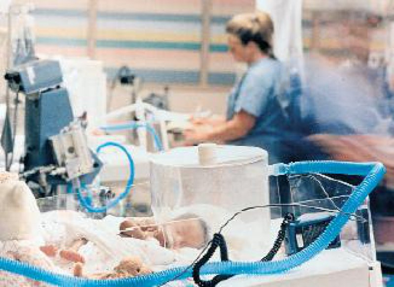 Daten, die bei der Arzneimitteltherapie von Erwachsene gewonnen wurden, lassen sich nicht ohne weiteres auf Säuglinge und Kleinkinder übertragen. Foto: Abbott GmbH