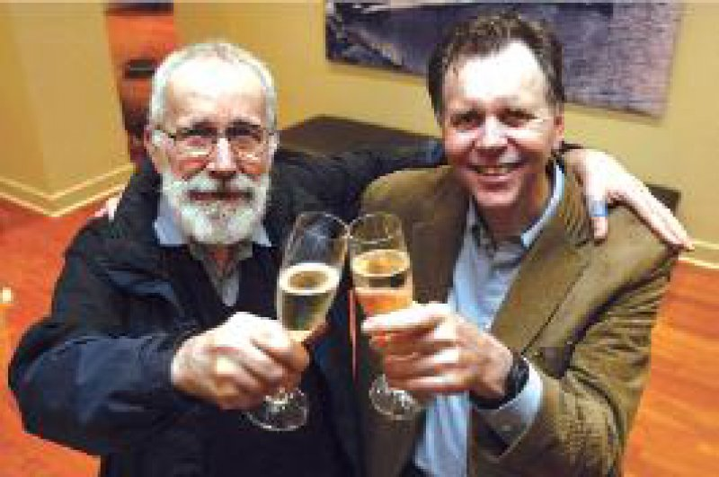 Das Warten hat ein Ende: die frisch gekürten Nobelpreisträger Robin Warren (links) und Barry Marshall Foto: REUTERS