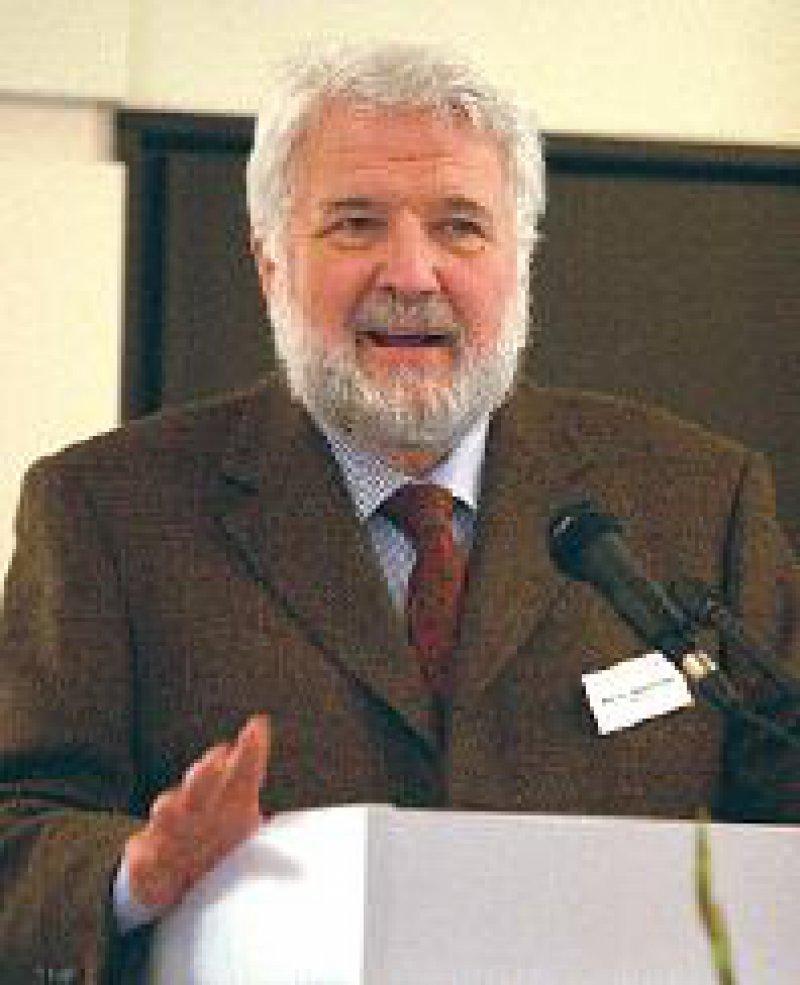 Rainer Richter will die Forschung ausweiten. Foto: Jörg Hermann