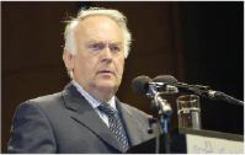 Ministerpräsident Prof. Dr.Wolfgang Böhmer versteht die Klagen, fordert aber Lösungen. Fotos: Bernhard Eifrig