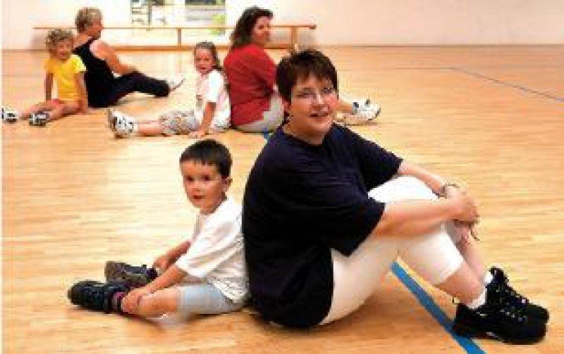 Foto: dpa Die Kassen gaben für Vorsorgemaßnahmen für Mütter und Kinder 2005 im Vergleich zum Vorjahr 10,54 Prozent weniger aus.