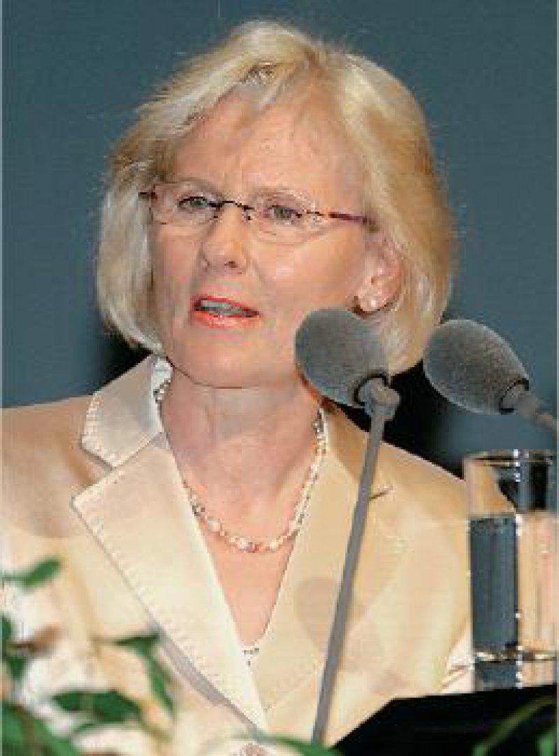 Astrid Bühren: Wir müssen die psychosozialen Aspekte einer Erkrankung berücksichtigen, denn der fragmentierte Patient bleibt als Ganzes unscharf und wird nicht bestmöglich behandelt.