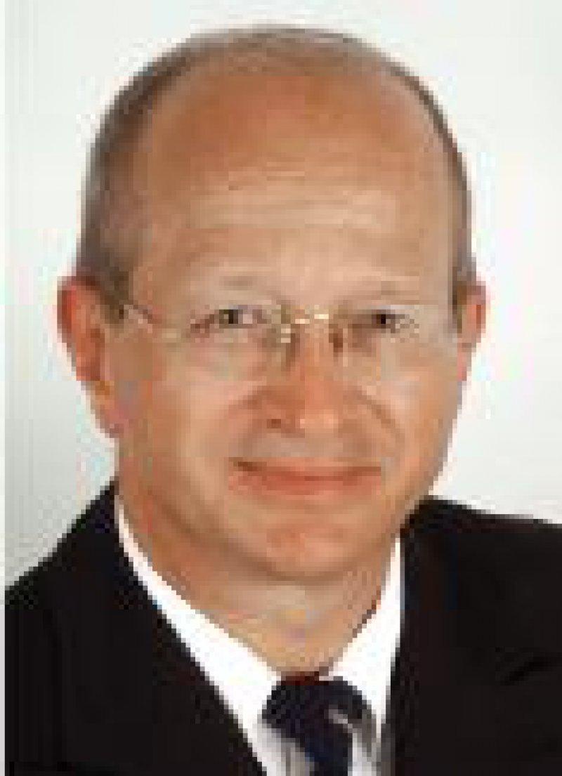 Hans-Ulrich Steinau Foto: Ruhr-Universität Bochum