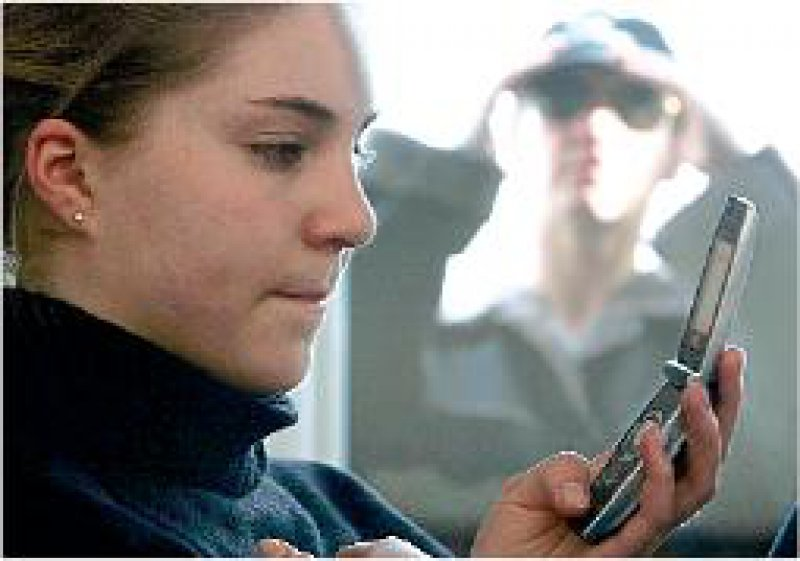 Besserer Schutz für die Opfer: Gefährliche Stalker müssen künftig mit Haftstrafen rechnen. Foto: dpa