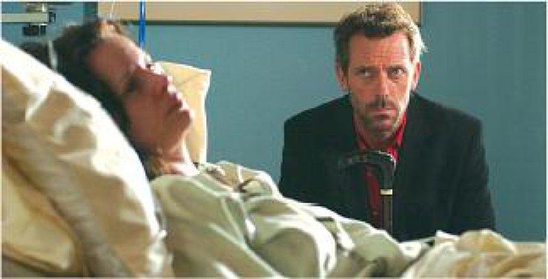 Leicht missvergnügter Blick auf die Patienten: Dr. House gibt sich nur mit besonders kniffligen Fällen ab. Foto: RTL