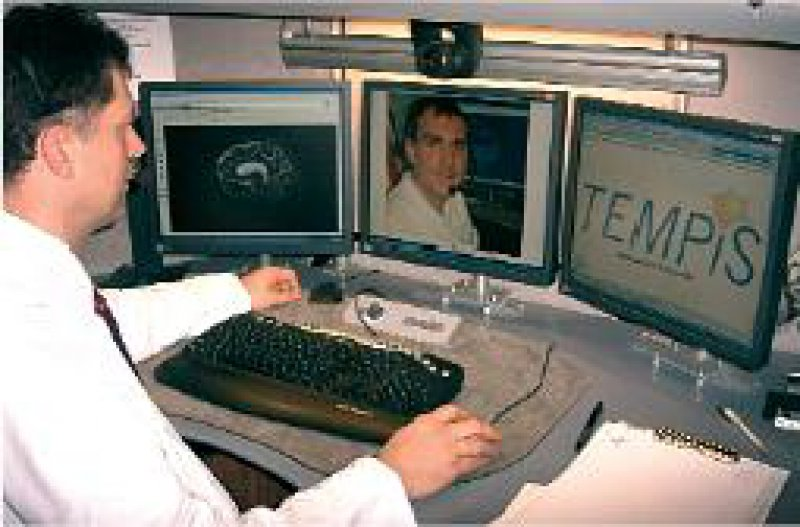 Telemedizinischer Arbeitsplatz, wie er im bayerischen Projekt TEMPiS eingesetzt wird. Foto: Städtisches Klinikum München GmbH