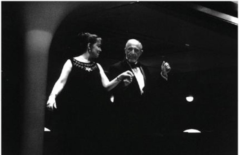 Tango, Walzer, Cha-Cha-Cha: Es geht um Tanz und Lebensfreude.