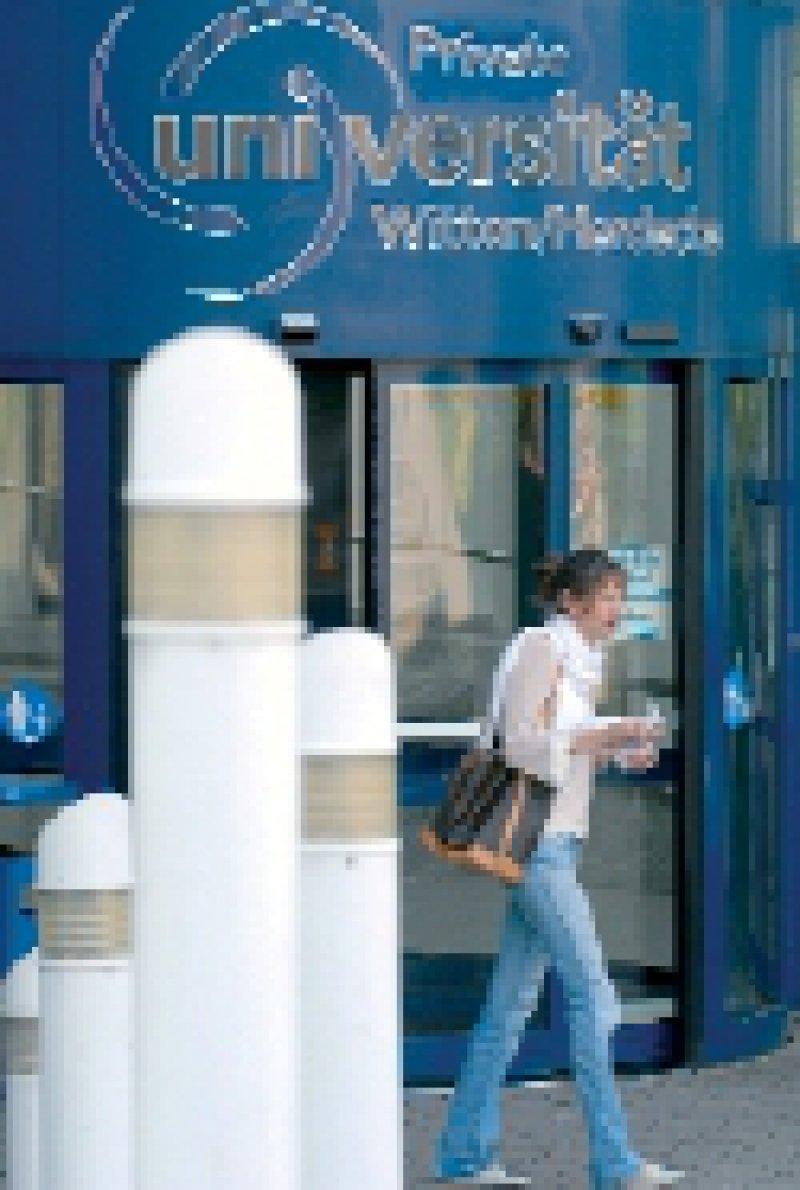 Private Hochschule: Geschäftsmodell im Umbruch. Foto: ddp