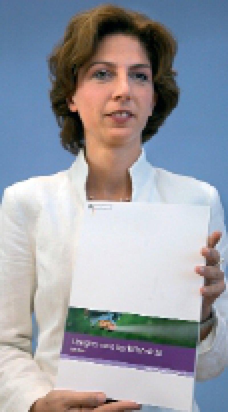 Sabine Bätzing stellte am 3. Mai den Drogenbericht vor. Foto: dpa