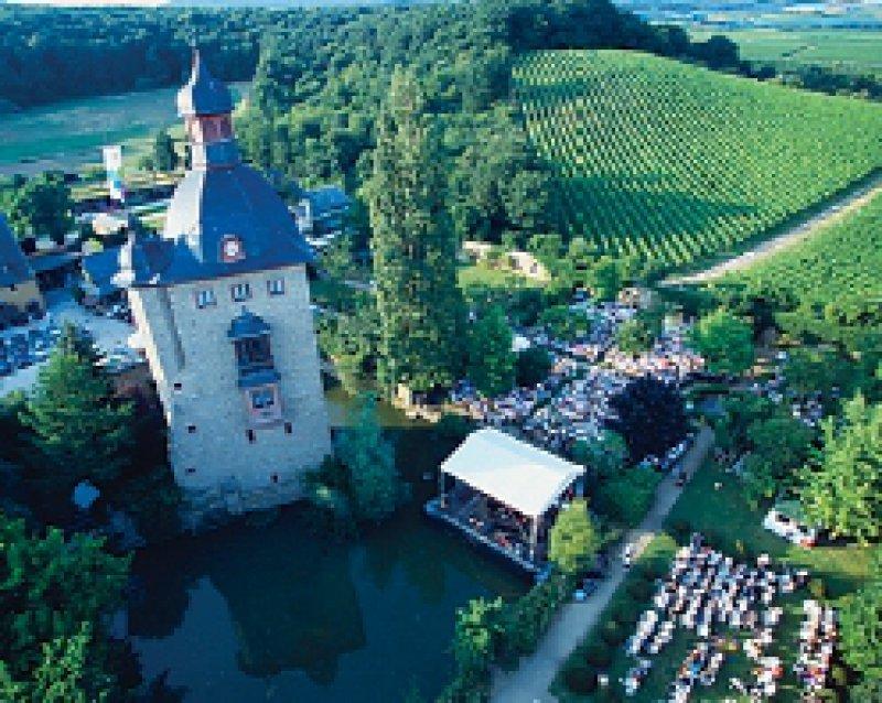Mit zwei Konzerten im Kloster Eberbach nahm das Festival seinen Anfang. Inzwischen werden 140 Konzerte aufgeführt. Foto: Rheingau-Musikfestival