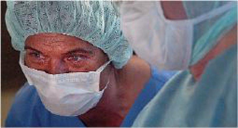 Rechtsanspruch auf eine Vergütung nach der Entgeltgruppe IV TV-Ärzte/ VKA haben alle Chefärzte, mit denen eine Vergütung nach BAT I vereinbart wurde. Foto: DAK/Scholz